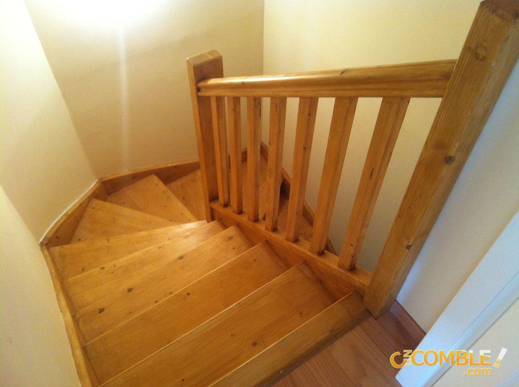 accès comble - C UN COMBLE ! Escalier
